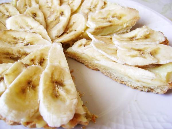 Пирог с бананом и заварным кремом