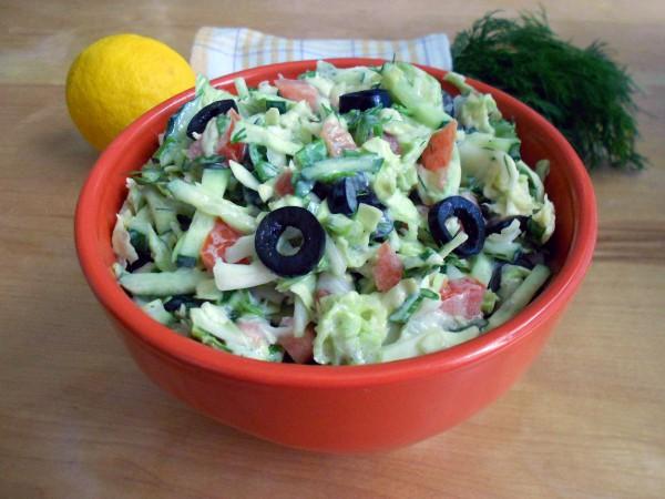 salat-iz-pekinskoj-i-belokochannoj-kapusty