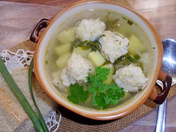Суп с сельдереем и фрикадельками