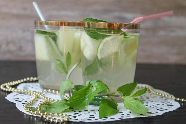 Безалкогольный мохито из дыни