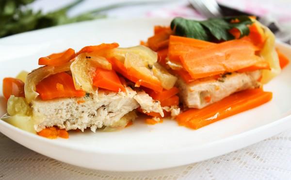 Куриное филе запечённое с овощами в фольге