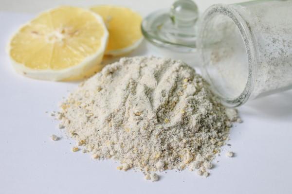 Лимонная соль с черным перцем