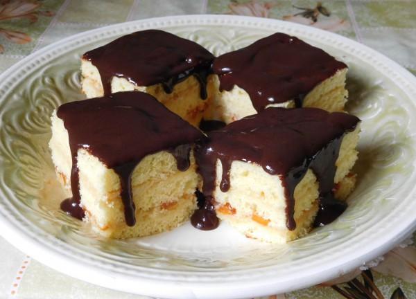 Абрикосово-шоколадный торт