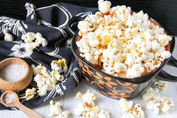 Как сделать попкорн в домашних условиях