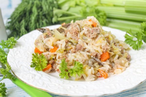 Капустняк со свежей капустой и рисом