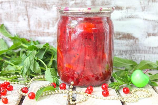 Варенье из яблок и красной смородины