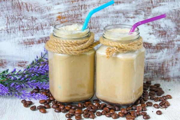 Кофейно-молочный коктейль