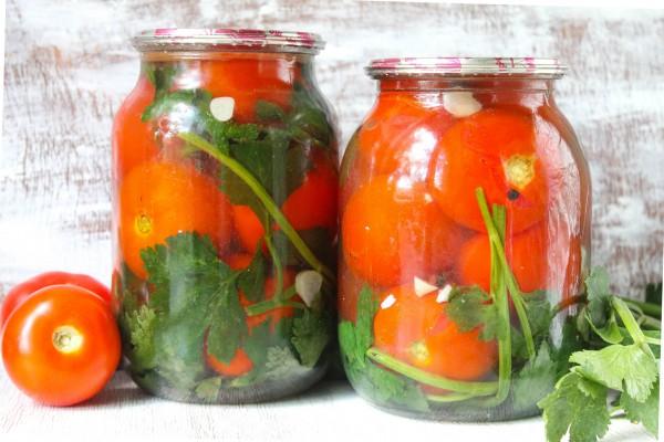 Маринованные помидоры под снегом на зиму без стерилизации