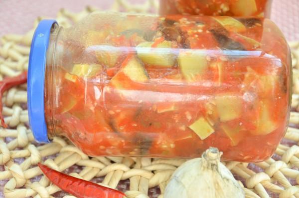 Тушеные овощи в томате на зиму