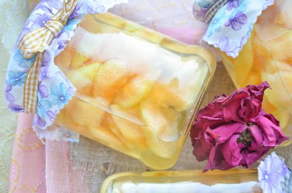 Дыня кусочками в сахарном сиропе на зиму