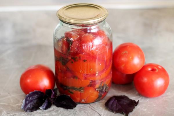 Салат из помидоров с базиликом на зиму