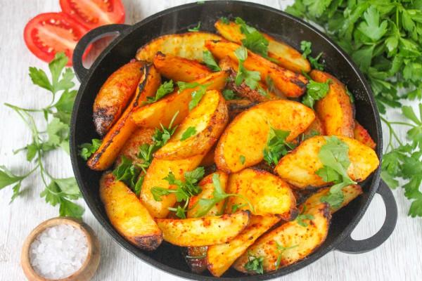 Картофель по-деревенски в духовке