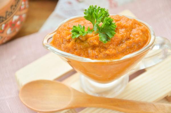 Овощной соус с томатом и горчицей