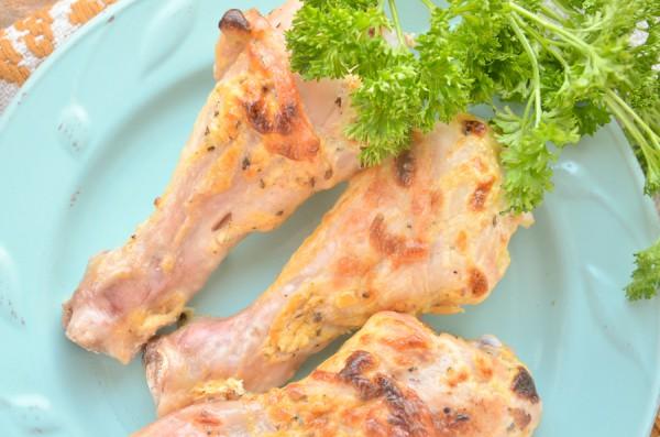 Куриные голени в майонезно-горчичном соусе