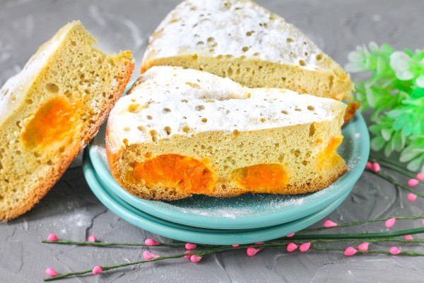 Бисквитный пирог с мандаринами