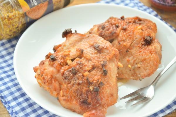 Куриные бедра в томатно-имбирном соусе