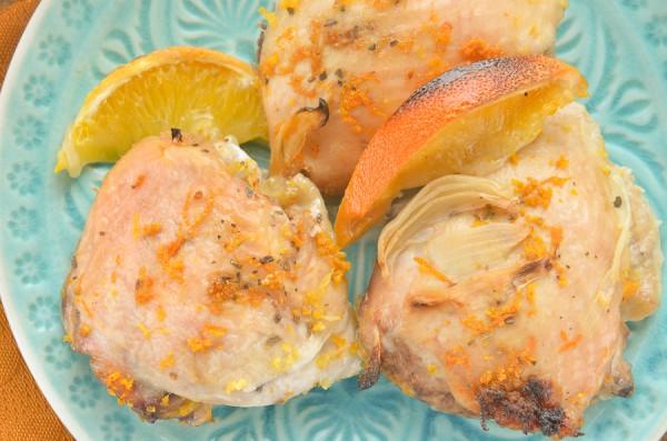 Курица, запеченная с луком и апельсинами