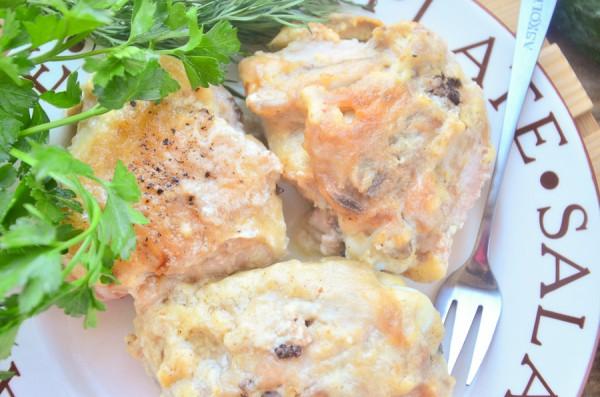 Фрикасе из курицы с грибами в сливочном соусе