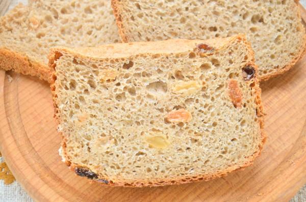 Ржаной хлеб с изюмом в хлебопечке