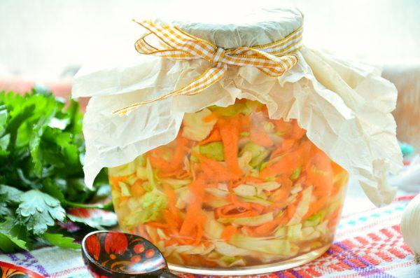 Овощной салат с капустой на зиму