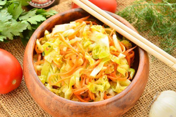 Капустный салат с морковью по-корейски
