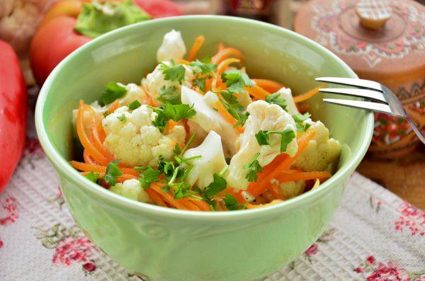 Цветная капуста с морковью по-корейски
