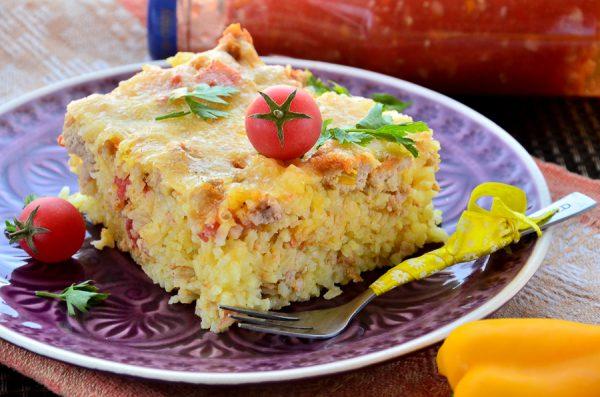 Рисовая запеканка с куриным фаршем и томатами