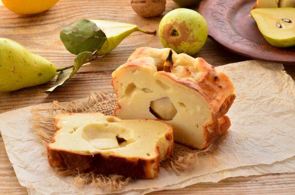 Творожный кекс с грушей