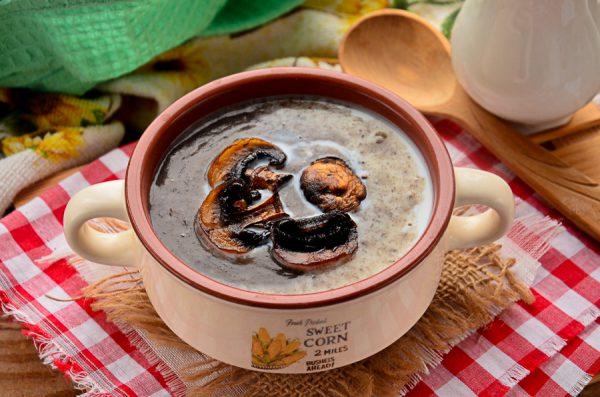 Суп-пюре из шампиньонов с картофелем