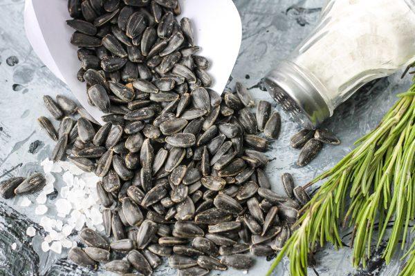 Семечки, жаренные с солью в духовке