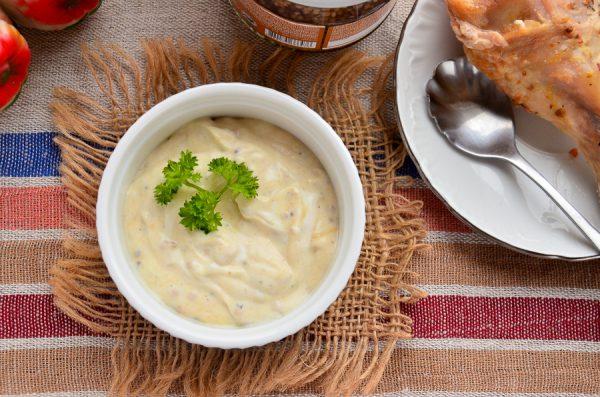 Горчично-сметанный соус для курицы