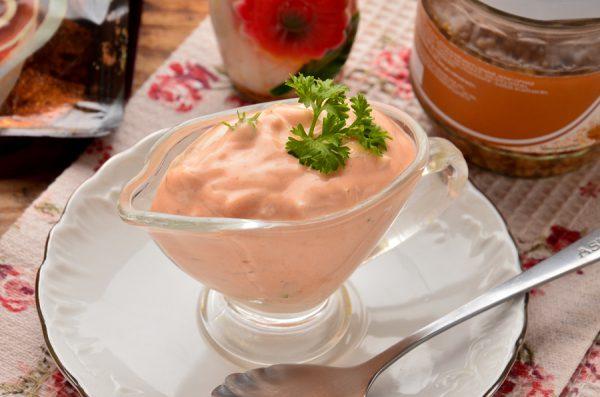 Соус из кетчупа и майонеза