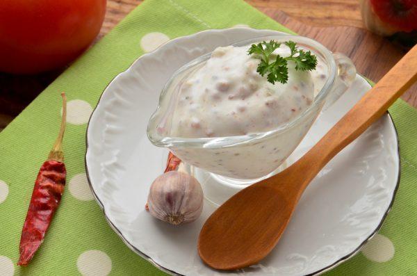 Чесночно-сметанный соус