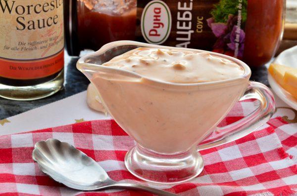Соус для тефтелей из майонеза и кетчупа