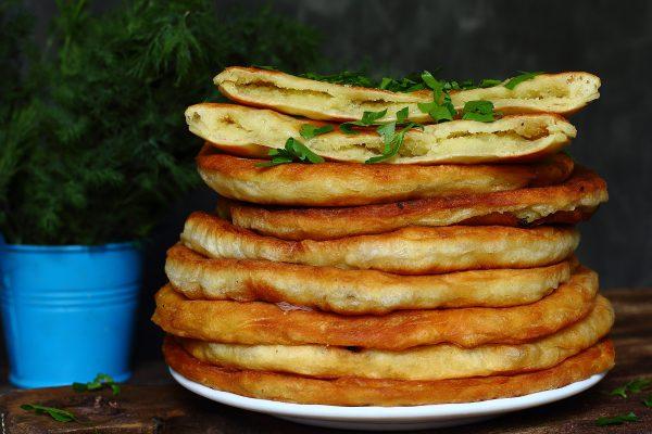Лепешки на кефире с картошкой