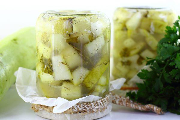 Салат из кабачков с чесноком на зиму