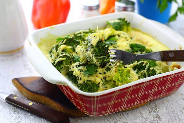 Брокколи с яйцом и сыром в духовке