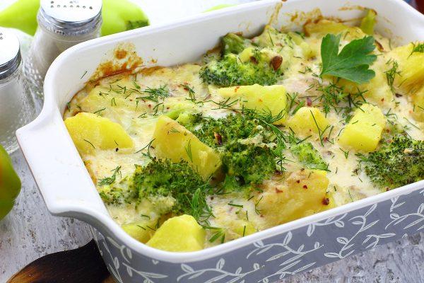 Картошка с брокколи в духовке