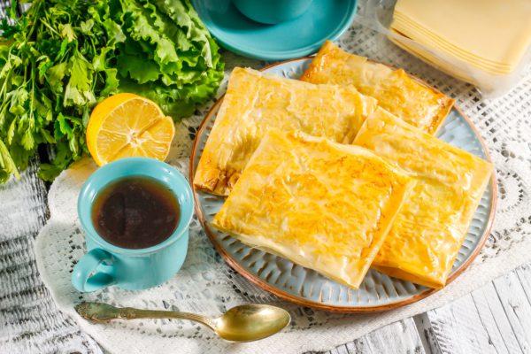 Слойки с сыром из теста фило