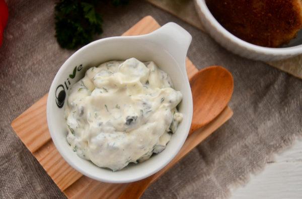 Сметанно-майонезный соус для рыбы