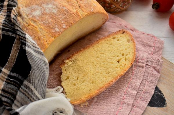 Хлеб на кефире с дрожжами в духовке