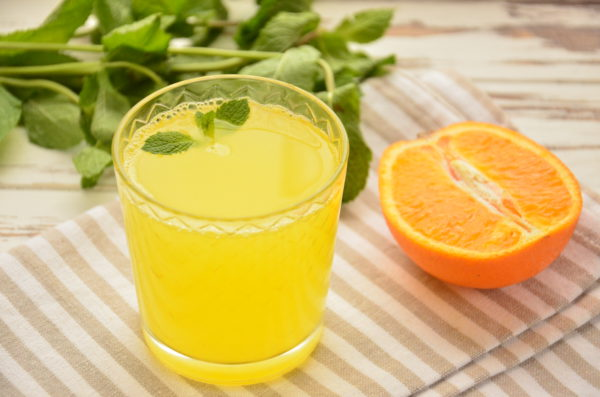 Напиток из замороженных апельсинов