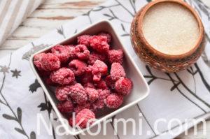 Малиновый компот: рецепт на зиму из замороженной, можно ли кормящей маме