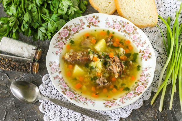Суп из чечевицы с тушенкой
