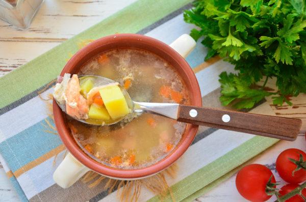 Суп из семги с картофелем