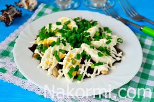 Простой салат из шпрот рецепт с фото