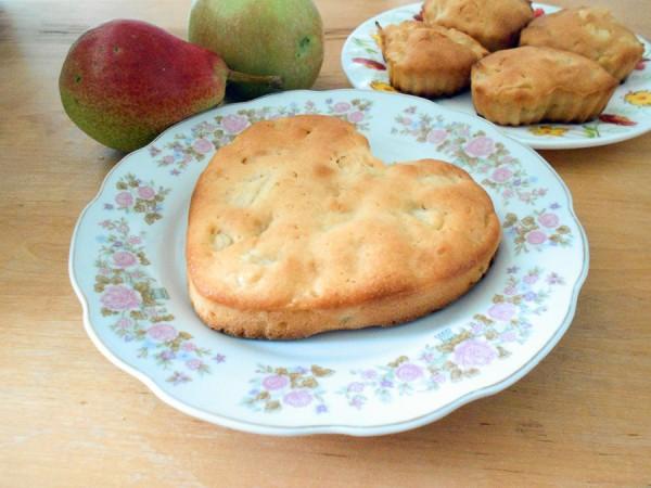 Кексы с яблоками и грушами