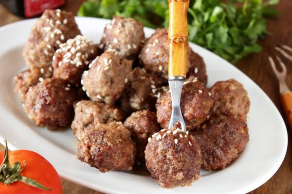 Мясные шарики в кисло-сладком соусе
