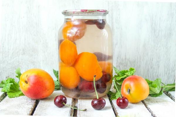 Компот из вишни и абрикосов на зиму без стерилизации