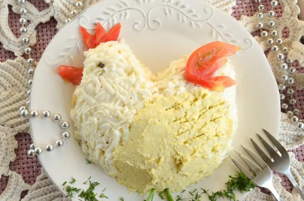 Салат с курицей к году Петуха